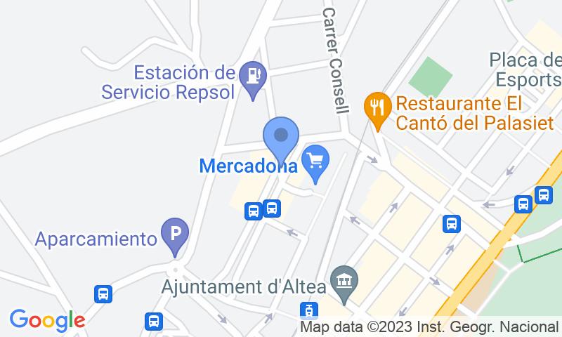 Standort des Parkplatzes auf der Karte - Buch einen Parkplatz im Plaça de la Pau Parkplatz.